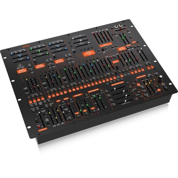 Behringer 2600 syntezator